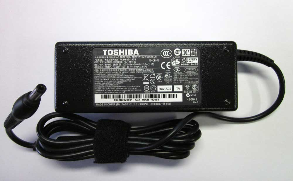 TOSHIBA ADAPTER 19V 3,95A 75W