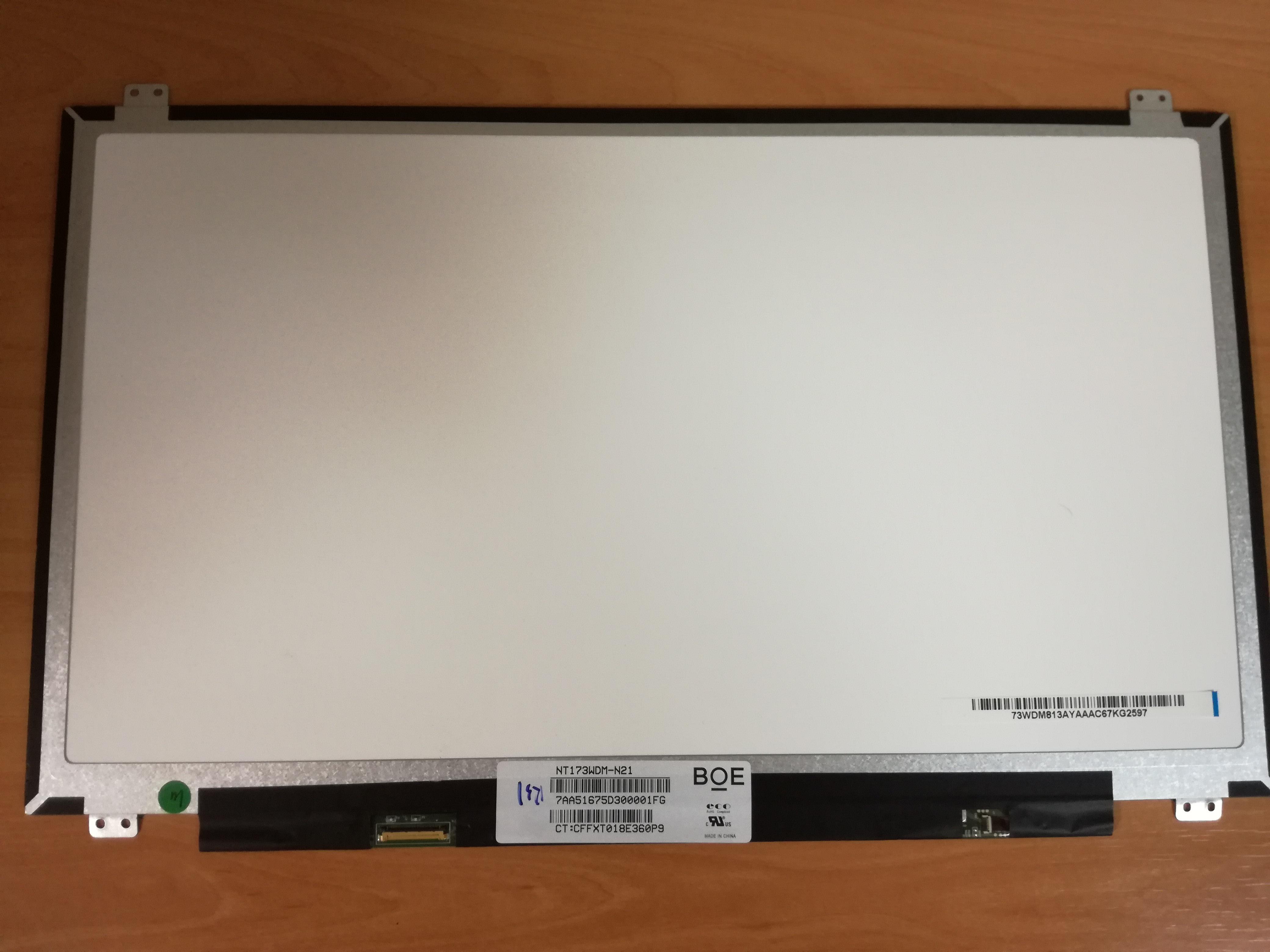 PANT 17.3'' WXGA 1600x900